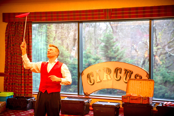 circus-themed entertainment for corporate events and businesses