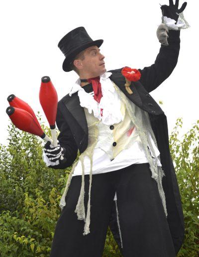 Halloween juggler