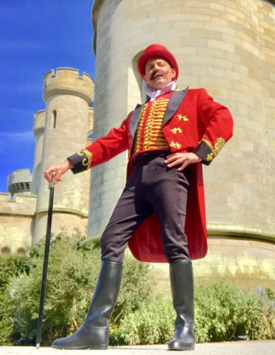 Thomas-Trilby-stately-homes-entertainment-detailed-costumes-juggler